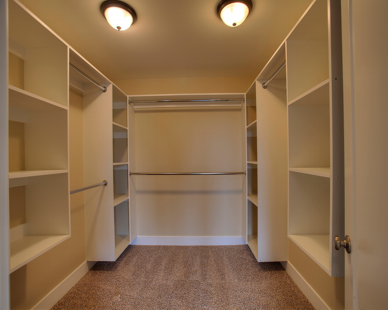 Custom north tacoma new construction 4 bedroom home for Master bathroom with walk in closet