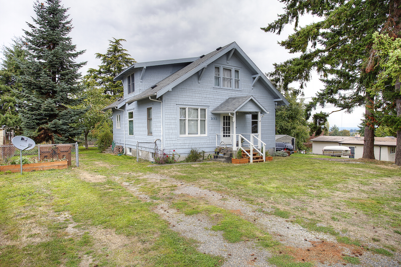 Five Bedroom Post Victorian Home In East Tacoma